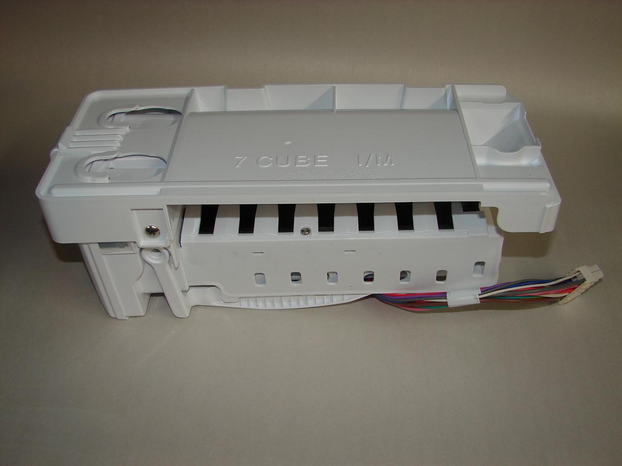 Da97 07592a Samsung Refrigerator 7 Cube Icemaker